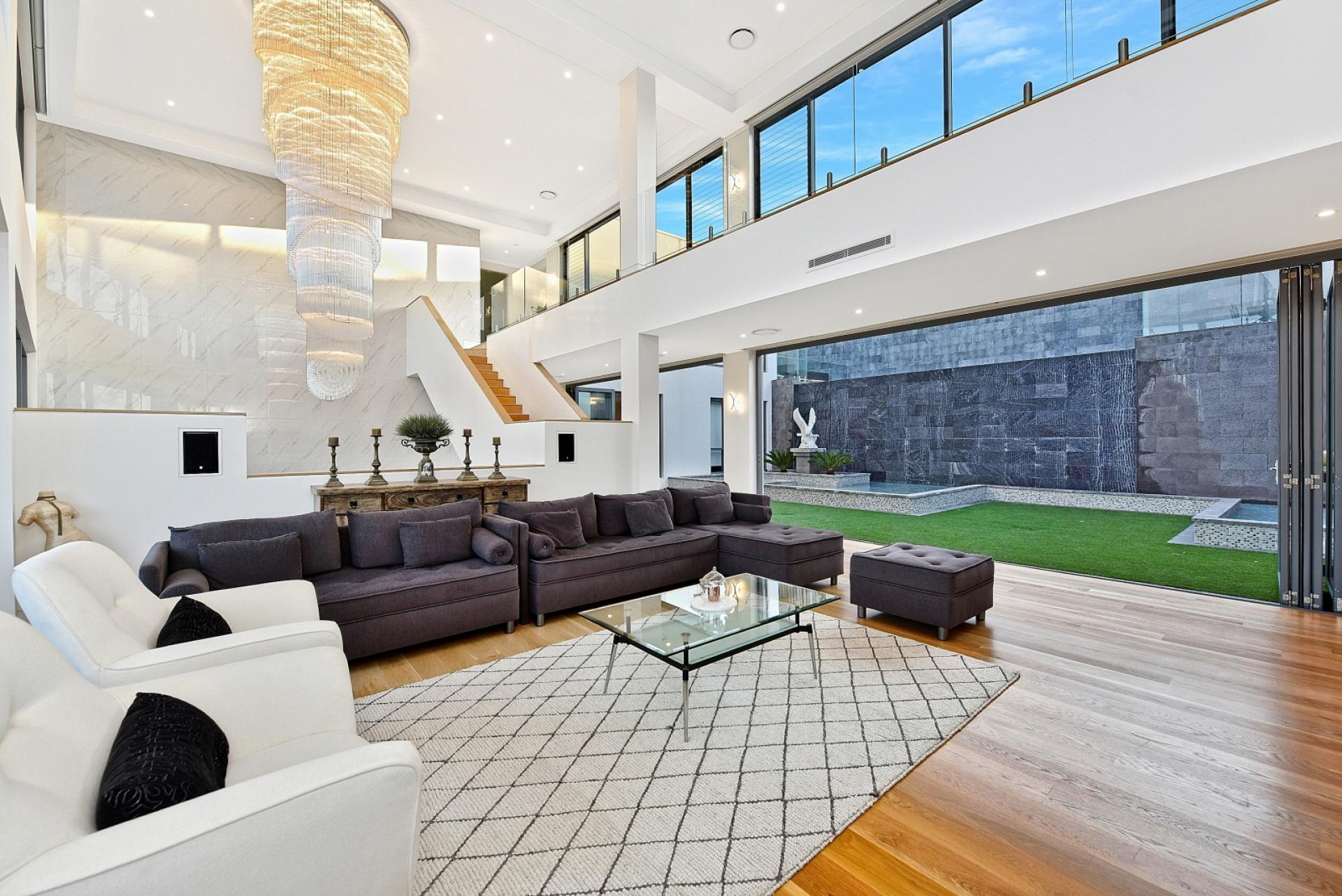 6 Rooms, House, Sold , Strathfillan Way, 7 Bathrooms, Listing ID 1180, Kellyville, NSW, Australia,