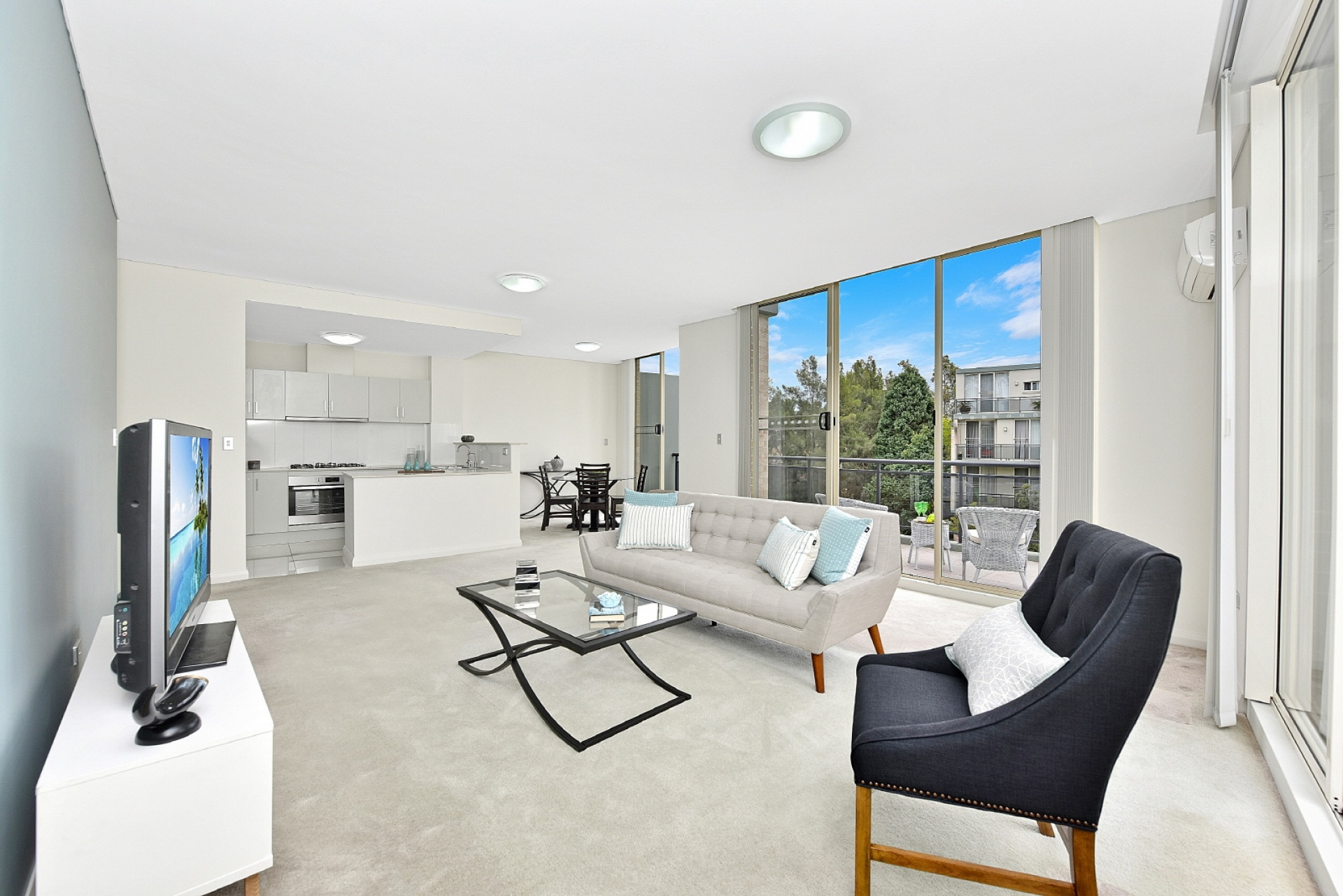2 Bedrooms, Apartment, Sold , Mercer Street, 2 Bathrooms, Listing ID 1190, Castle Hill , NSW, Australia,
