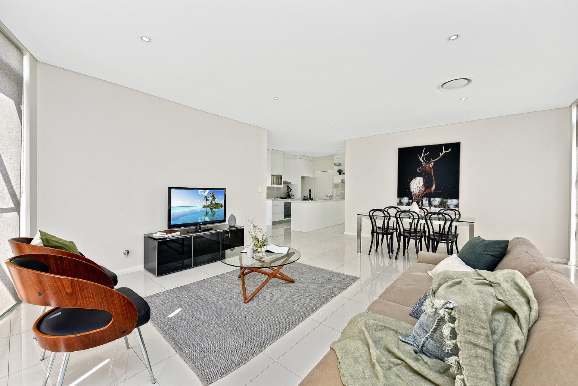 3 Bedrooms, Apartment, Leased, Harrington Avenue, 2 Bathrooms, Listing ID 1252, Castle Hill, NSW, Australia,