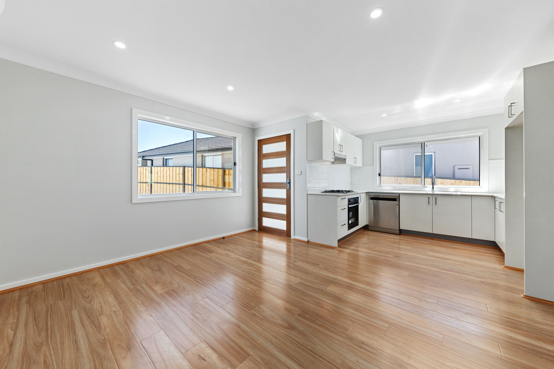 2 Rooms, House, Leased, Ross Place, 1 Bathrooms, Listing ID 1299, Kellyville, NSW, Australia,