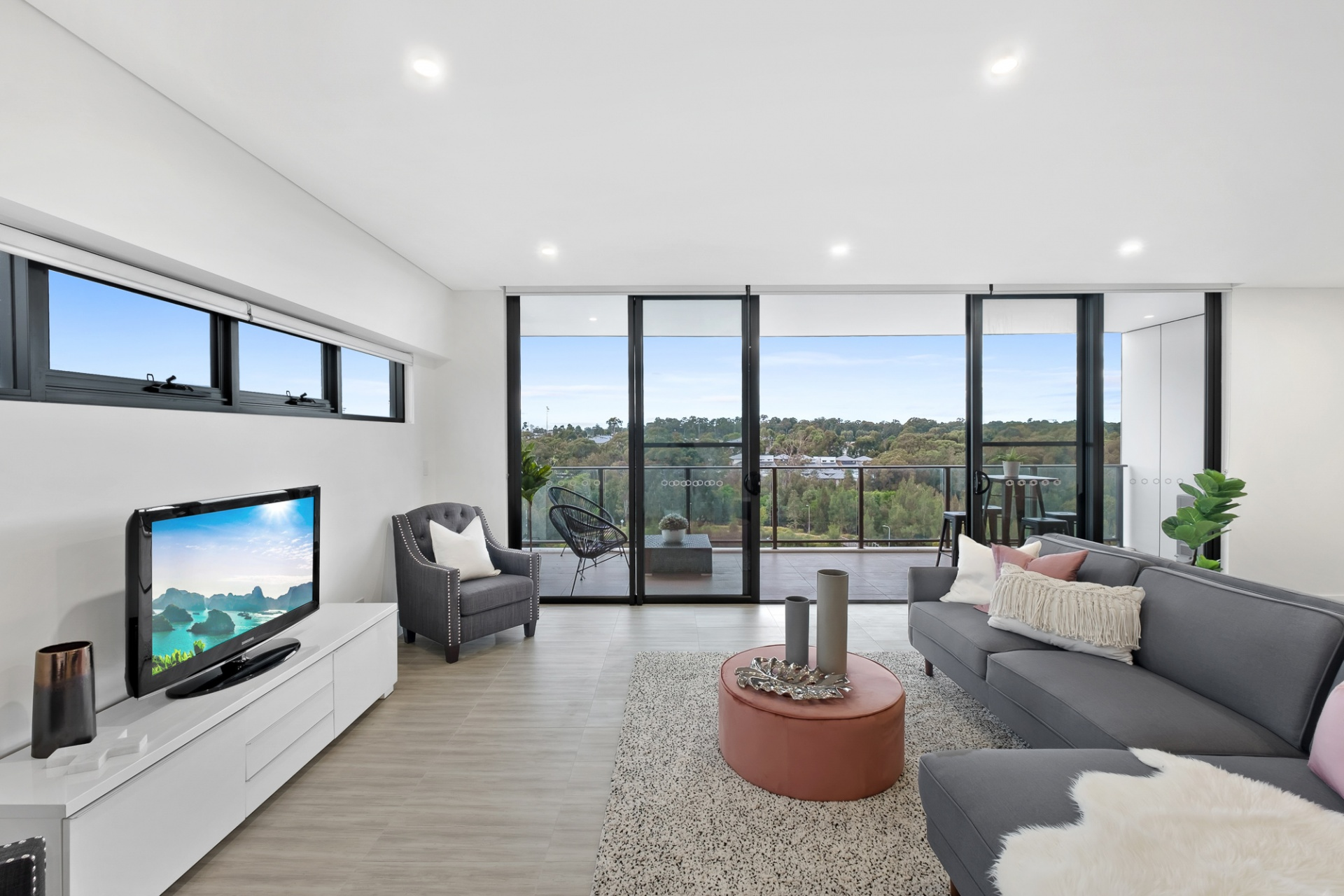 3 Bedrooms, Apartment, Sold , Caddies Boulevard, 2 Bathrooms, Listing ID 1313, Rouse Hill, NSW, Australia,