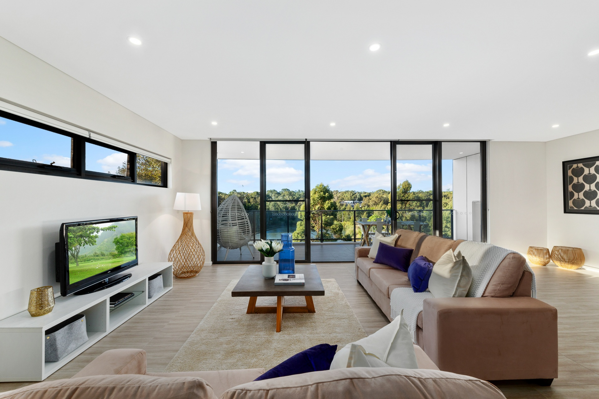 3 Bedrooms, Apartment, Sold , Caddies Boulevard, 2 Bathrooms, Listing ID 1315, Rouse Hill, NSW, Australia,