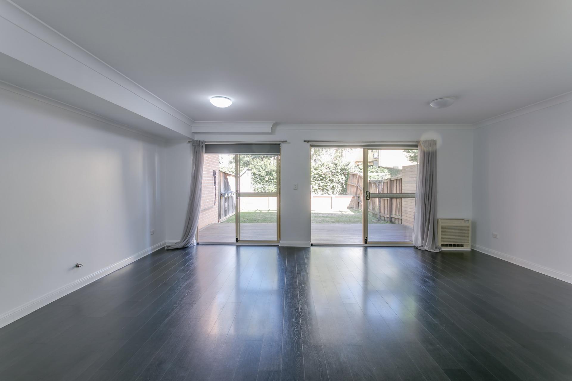 3 Rooms, House, Leased, Castle Street, 2 Bathrooms, Listing ID 1320, Castle Hill, NSW, Australia,
