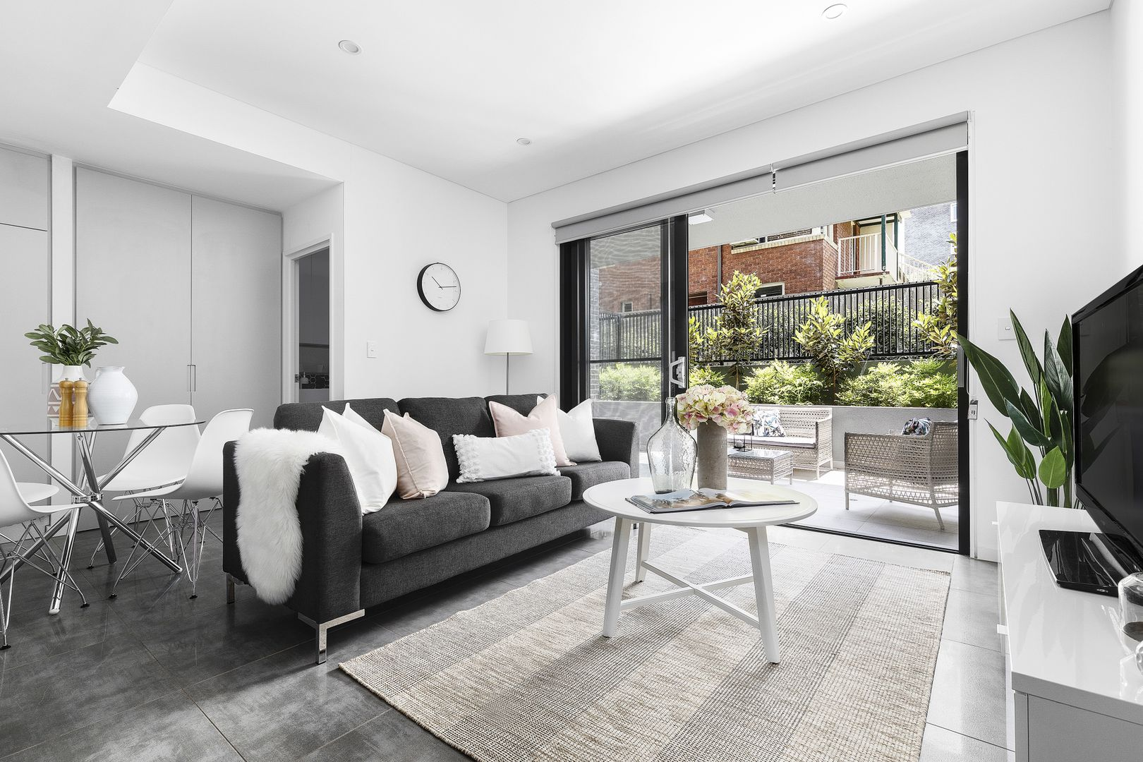 2 Bedrooms, Apartment, Sold , Forest Grove, 2 Bathrooms, Listing ID 1430, Epping , NSW, Australia, 2121,
